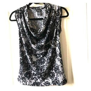 Beautiful Ann Taylor shell size S Worn once